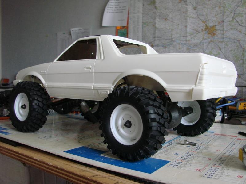 [Axial  AX10 ARTR]  Tamiya Subaru Brat 07