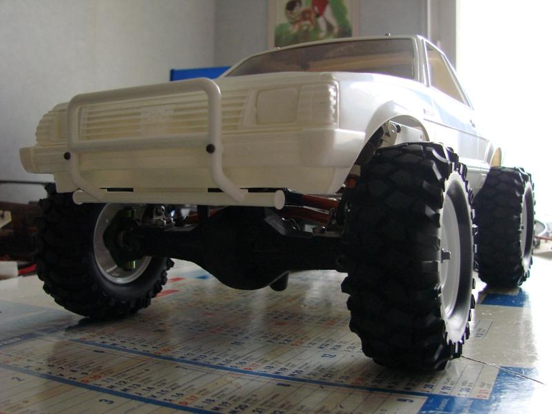 [Axial  AX10 ARTR]  Tamiya Subaru Brat 10
