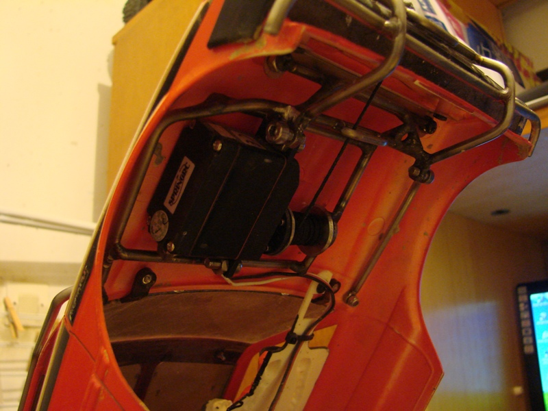 [Axial  AX10 ARTR]  Tamiya Subaru Brat 112
