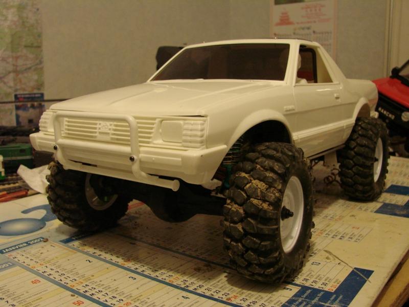 [Axial  AX10 ARTR]  Tamiya Subaru Brat 36