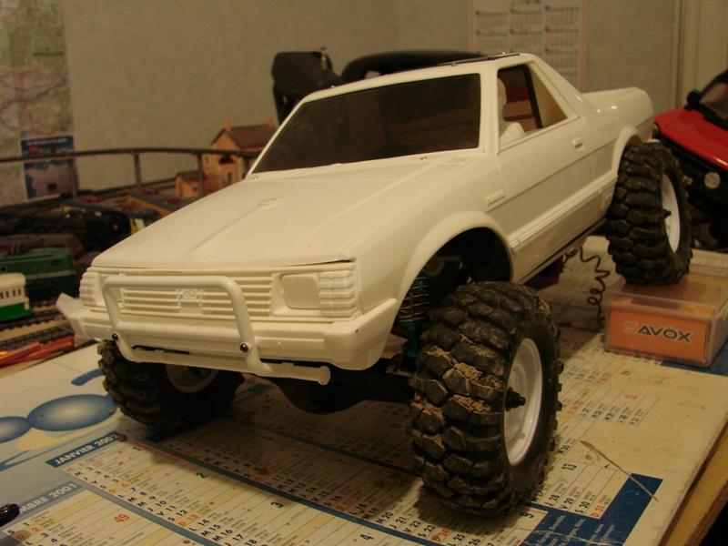 [Axial  AX10 ARTR]  Tamiya Subaru Brat 37