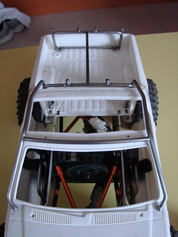 [Axial  AX10 ARTR]  Tamiya Subaru Brat 46