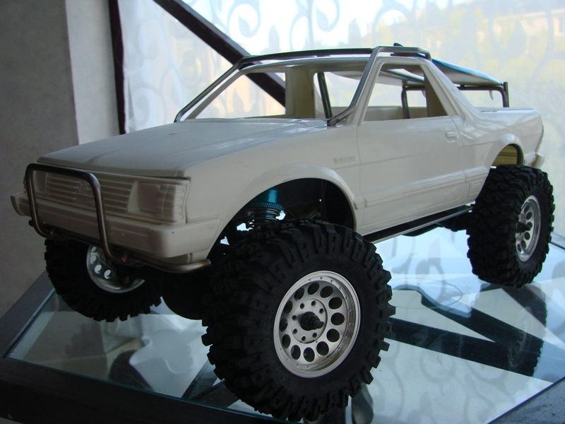 [Axial  AX10 ARTR]  Tamiya Subaru Brat 57