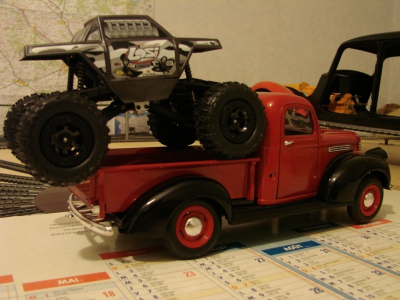 [Losi Micro Crawler] Chevrolet Pick-up 1946 1/19  008