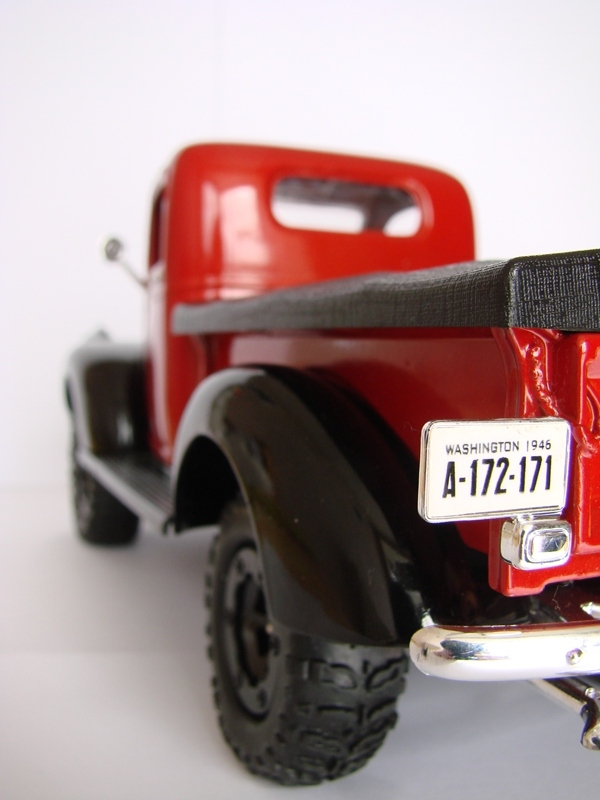 [Losi Micro Crawler] Chevrolet Pick-up 1946 1/19  070