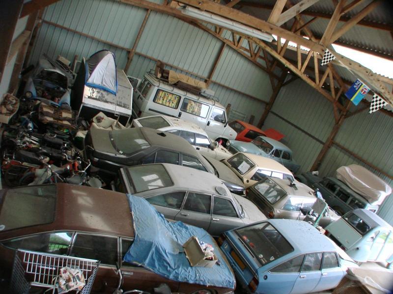 Mon garage pour 1/10 et 1/1 03