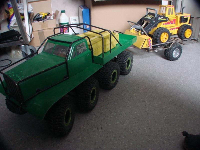 Chargeur a pneus - Jouet tôle Rico - verrin mécanique 002