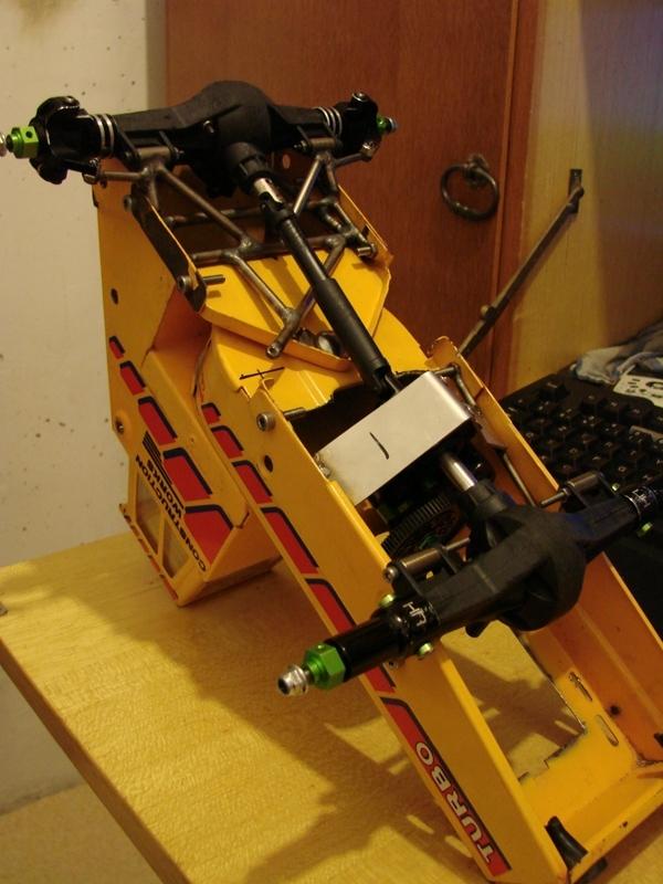 Chargeur a pneus - Jouet tôle Rico - verrin mécanique 027