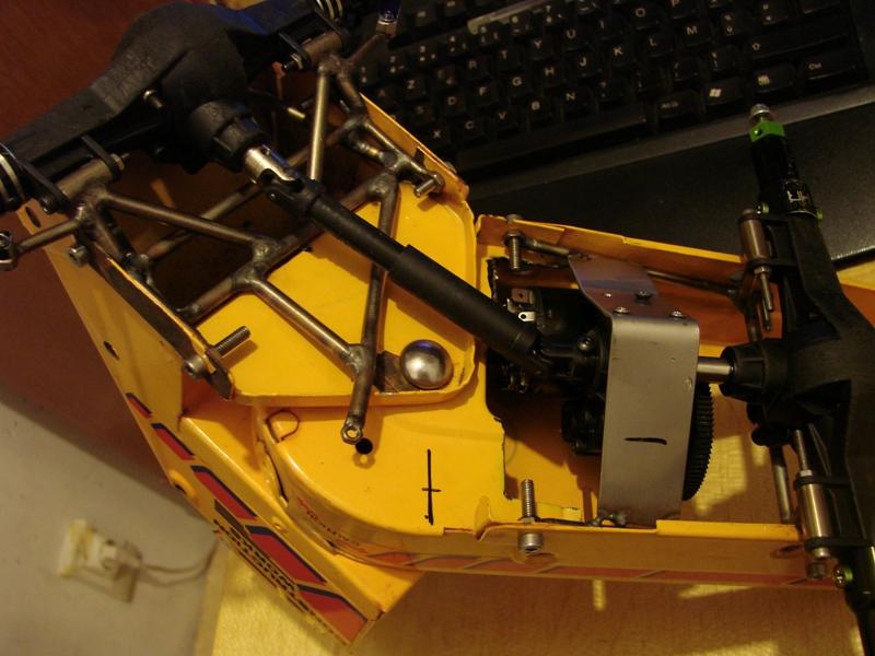 Chargeur a pneus - Jouet tôle Rico - verrin mécanique 029