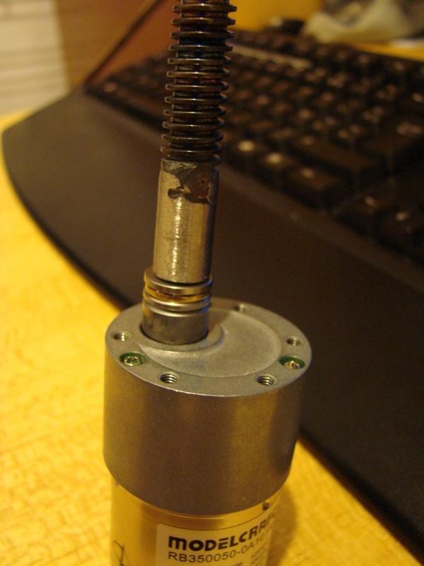 Chargeur a pneus - Jouet tôle Rico - verrin mécanique 047