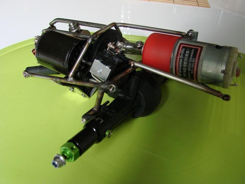 Chargeur a pneus - Jouet tôle Rico - verrin mécanique 048