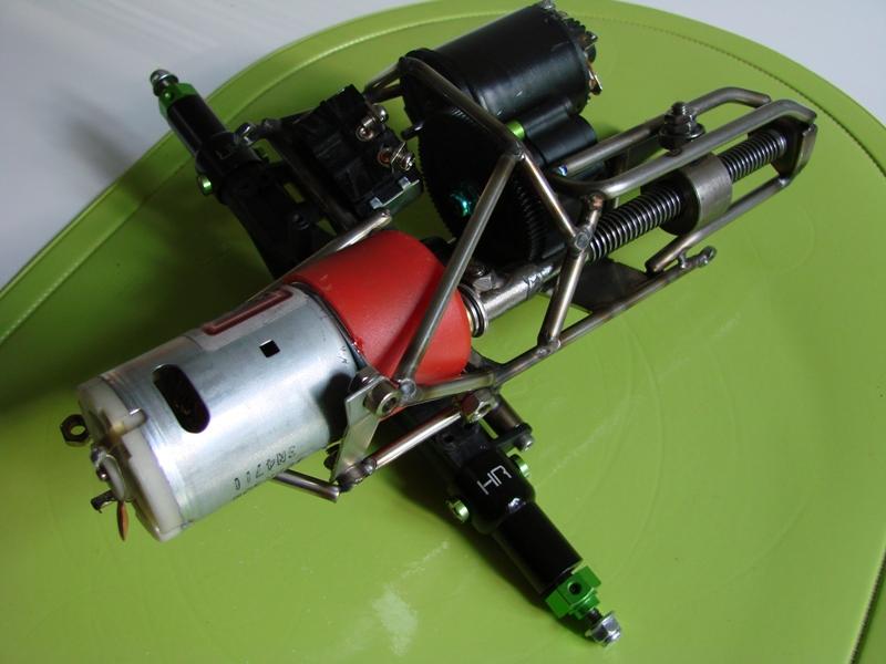 Chargeur a pneus - Jouet tôle Rico - verrin mécanique 049
