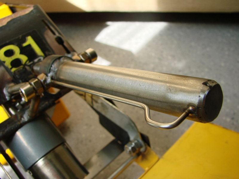 Chargeur a pneus - Jouet tôle Rico - verrin mécanique 066