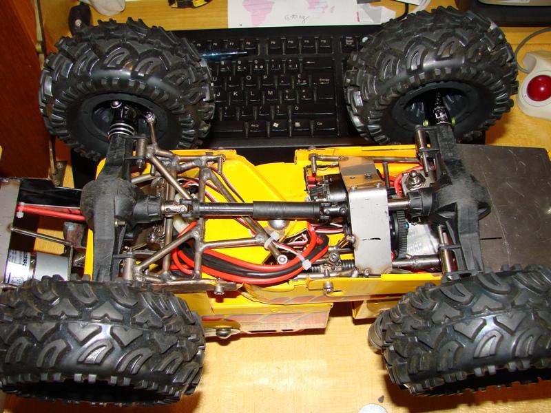 Chargeur a pneus - Jouet tôle Rico - verrin mécanique 071