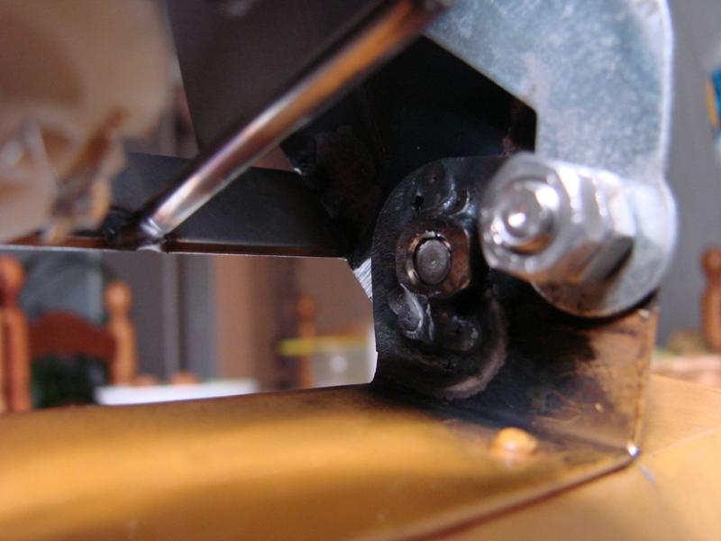[SCX 10] Chargeur a pneus - Rico 090