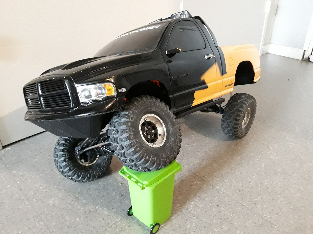 [TRACTION HOBBY CRAGSMAN] Jeep Wrangler  -  Dodge Ram 1500 (page 2) - Page 2 067