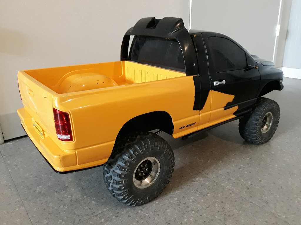 [TRACTION HOBBY CRAGSMAN] Jeep Wrangler  -  Dodge Ram 1500 (page 2) - Page 2 083