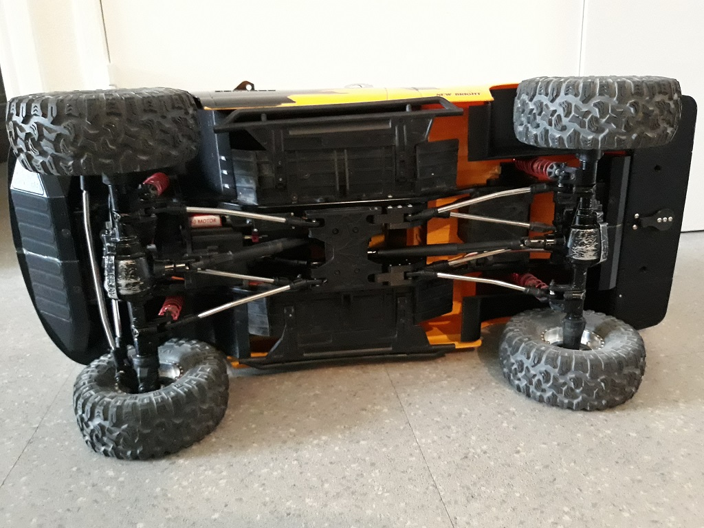 [TRACTION HOBBY CRAGSMAN] Jeep Wrangler  -  Dodge Ram 1500 (page 2) - Page 2 084