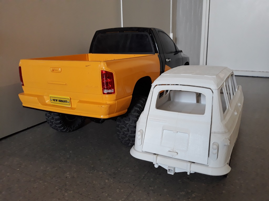 [TRACTION HOBBY CRAGSMAN] Jeep Wrangler  -  Dodge Ram 1500 (page 2) - Page 2 088