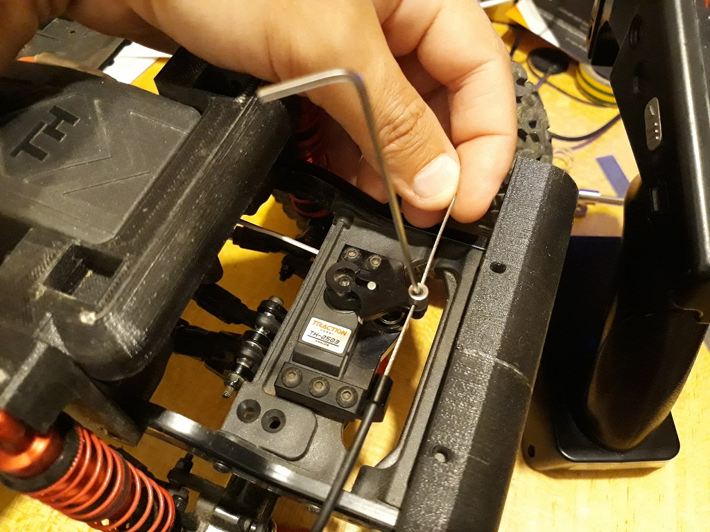 Astuces et reglages du Traction Hobby Cragsman et de sa radiocommande 125