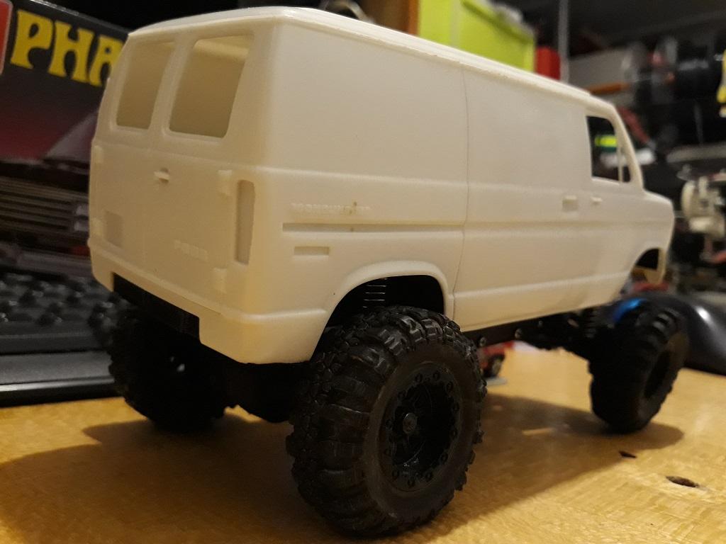 [micro ftx 1/24] Ford Econoline custom 1/25 17