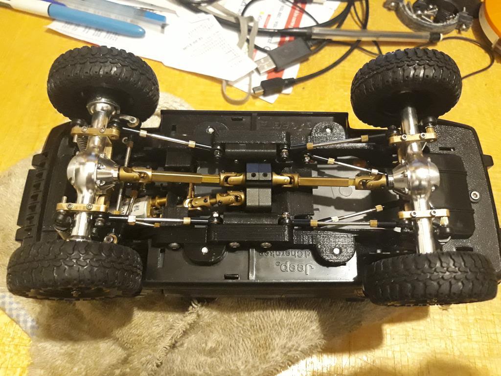 [Orlandoo 1/18] Jeep Grand Cherokee Majorette 1/18 020