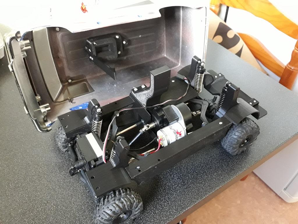 [vaterra Slickrock] Dodge Ram Lunch Box Tamiya 1/14 05
