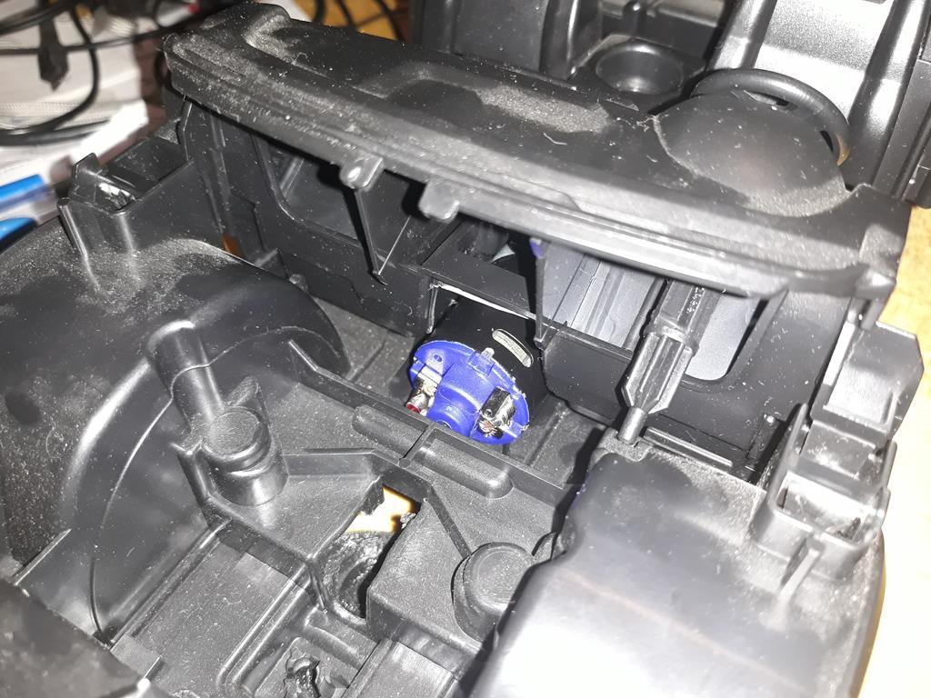 [WPL] Dodge Ram 2500 Heavy Duty Bruder 1/14 sur base WPL WPLB1 16