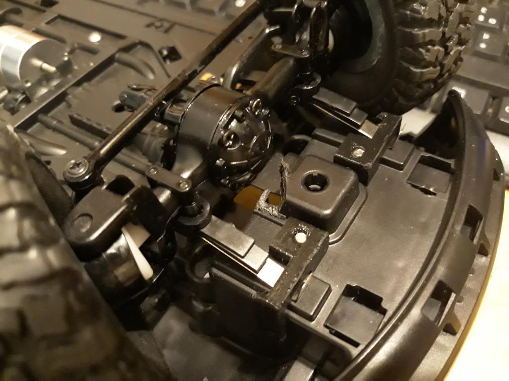 [WPL] Dodge Ram 2500 Heavy Duty Bruder 1/14 sur base WPL WPLB1 17