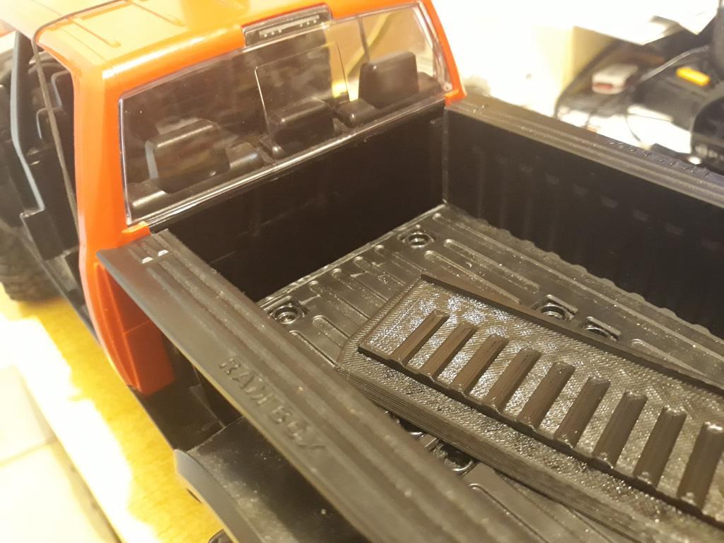 [WPL] Dodge Ram 2500 Heavy Duty Bruder 1/14 sur base WPL WPLB1 32