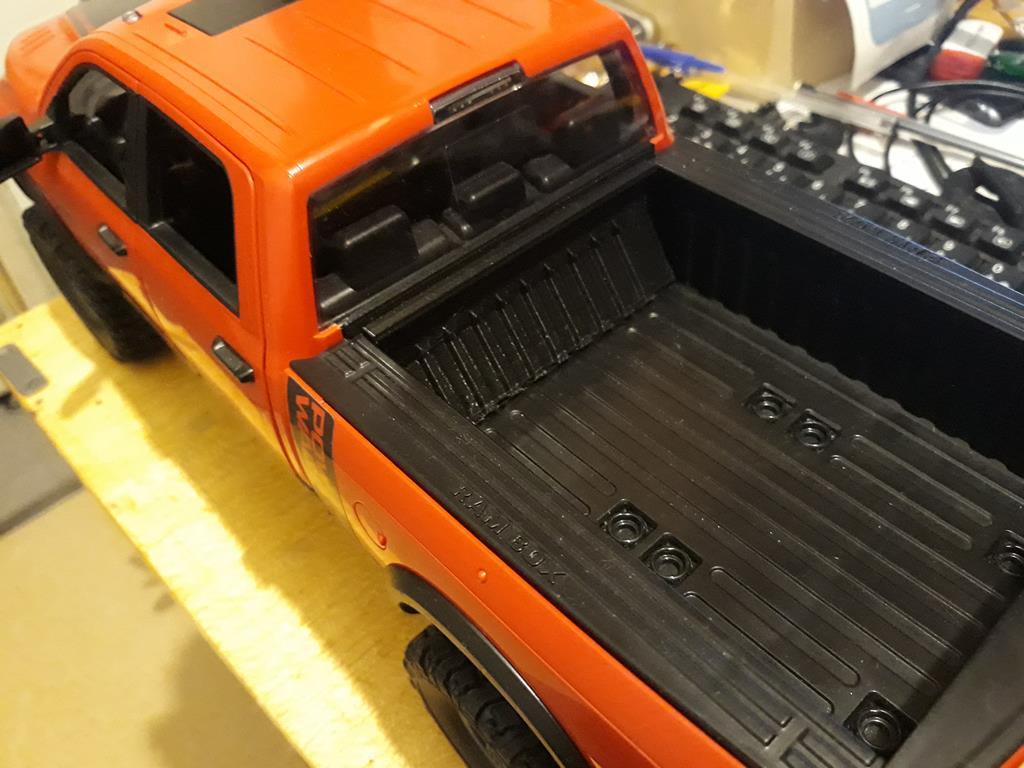 [WPL] Dodge Ram 2500 Heavy Duty Bruder 1/14 sur base WPL WPLB1 79