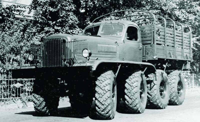 [Venom Creeper/Axial SCX10] ZIS E134 1955 - 8x8 ou 12x12 avec la remorque 001