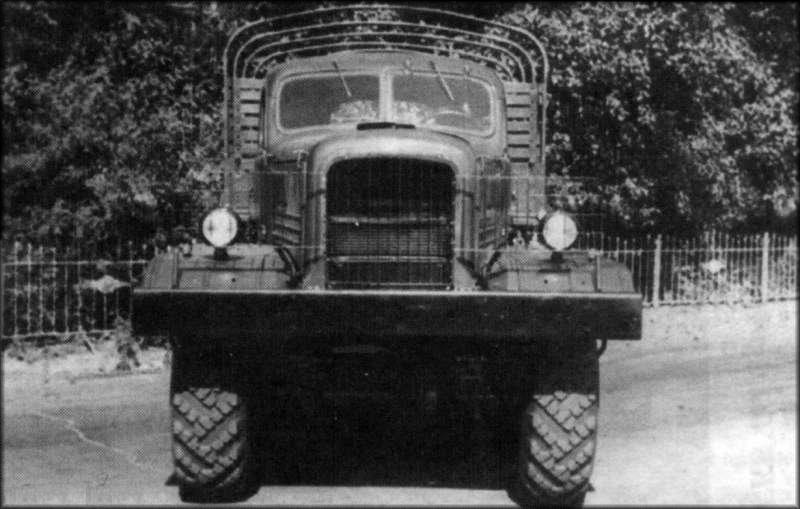 [Venom Creeper/Axial SCX10] ZIS E134 1955 - 8x8 ou 12x12 avec la remorque 004