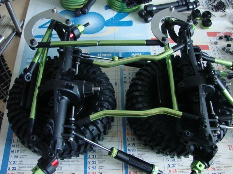 [Venom Creeper/Axial SCX10] ZIS E134 1955 - 8x8 ou 12x12 avec la remorque 026