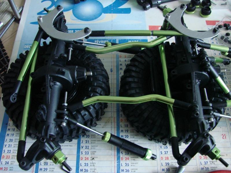 [Venom Creeper/Axial SCX10] ZIS E134 1955 - 8x8 ou 12x12 avec la remorque 027