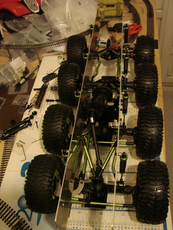 [Venom Creeper/Axial SCX10] ZIS E134 1955 - 8x8 ou 12x12 avec la remorque 035