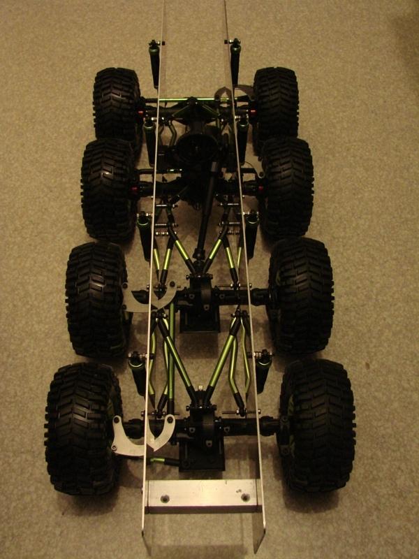 [Venom Creeper/Axial SCX10] ZIS E134 1955 - 8x8 ou 12x12 avec la remorque 036