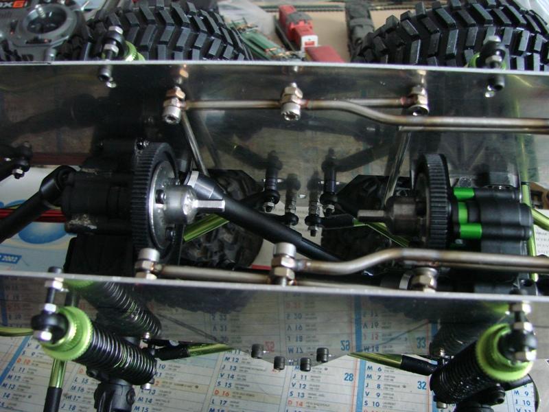 [Venom Creeper/Axial SCX10] ZIS E134 1955 - 8x8 ou 12x12 avec la remorque 083