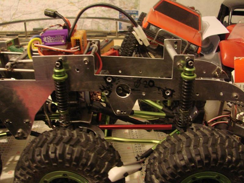 [Venom Creeper/Axial SCX10] ZIS E134 1955 - 8x8 ou 12x12 avec la remorque 135