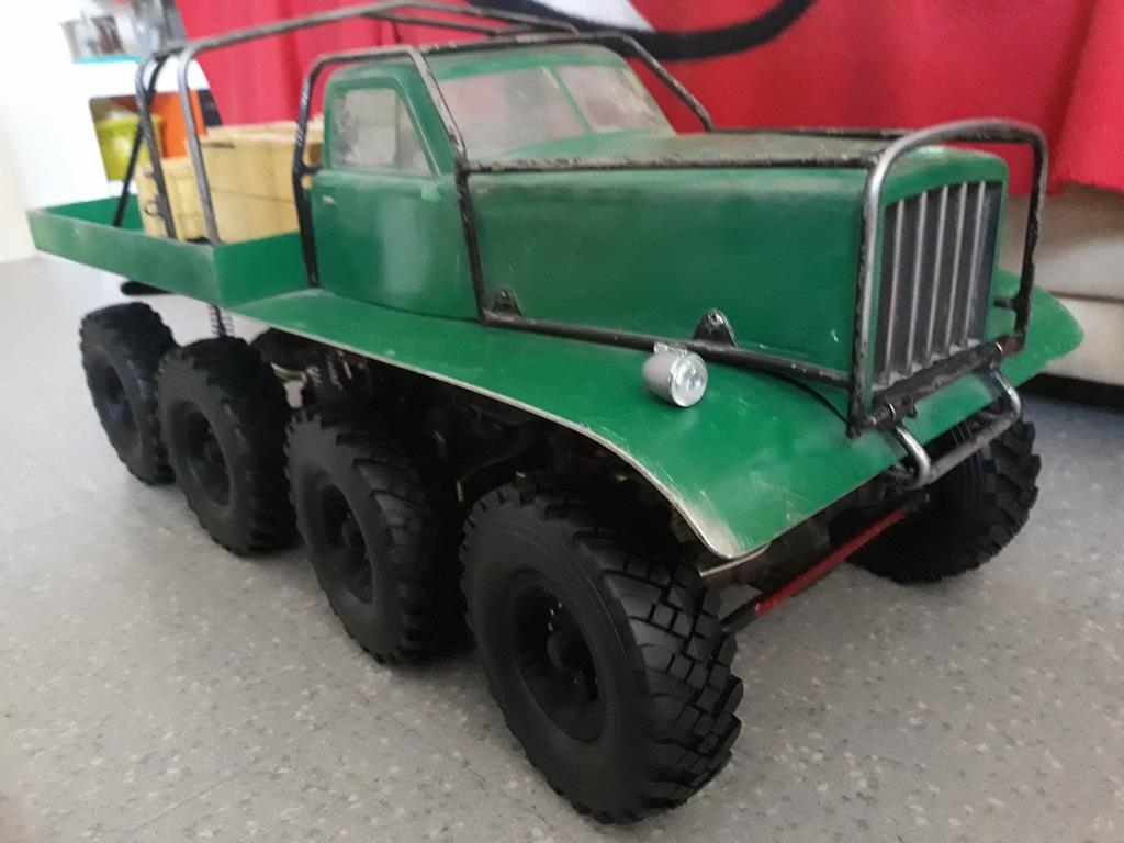 [Venom Creeper/Axial SCX10] ZIS E134 1955 - 8x8 ou 12x12 avec la remorque 253