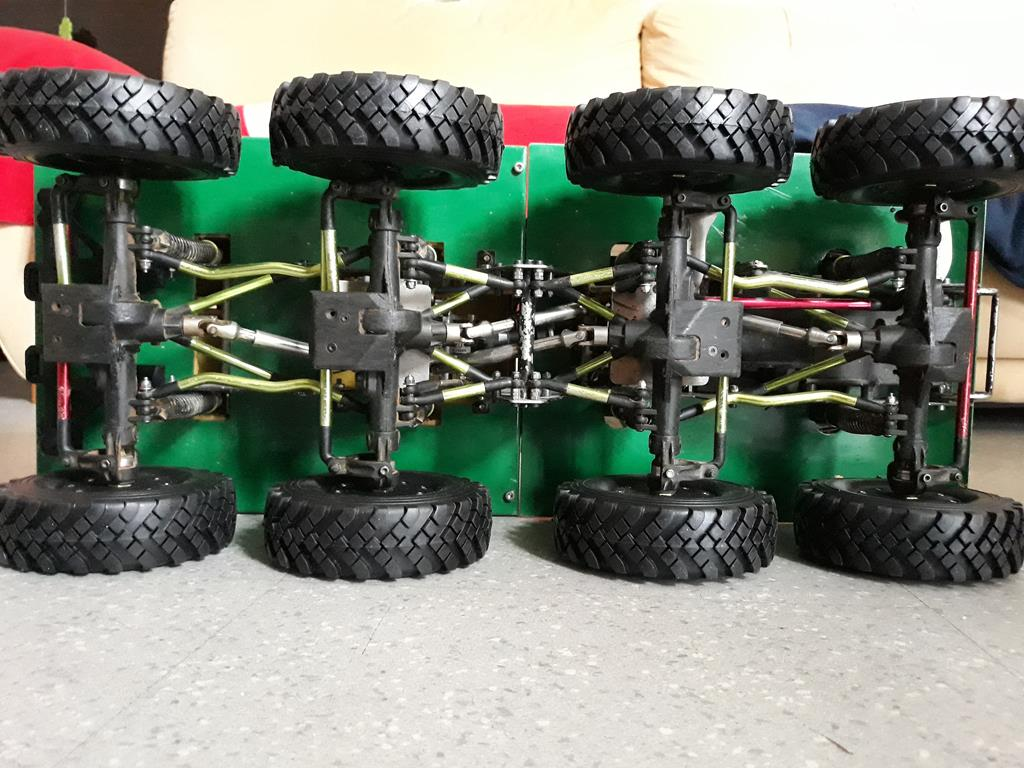 [Venom Creeper/Axial SCX10] ZIS E134 1955 - 8x8 ou 12x12 avec la remorque 258